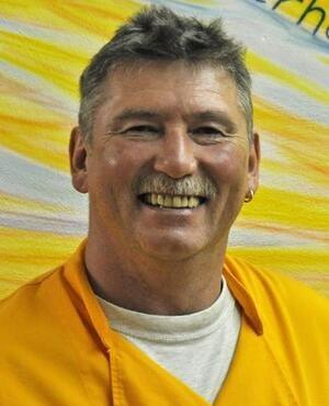 Michael Dewes